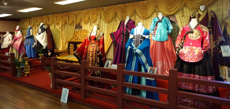 costumeexperience140110-main